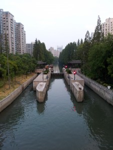 Zijtak naar de stad van het Grote Jing-Hang Kanaal.